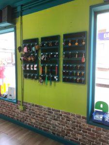 interior tienda San Isidro 1